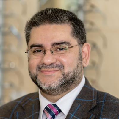 Mr Shakeel Puri BSc (Hons) MCOptom Clinical director, principal optometrist and contact lens consultant